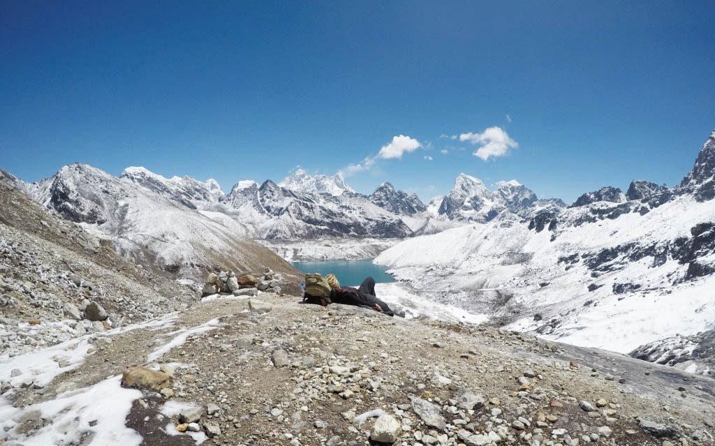 view of Everest and gokyo lake