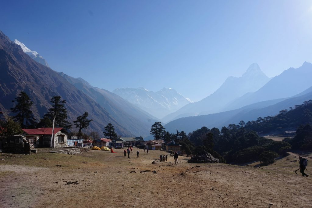 mounatin backdrops in tengboche