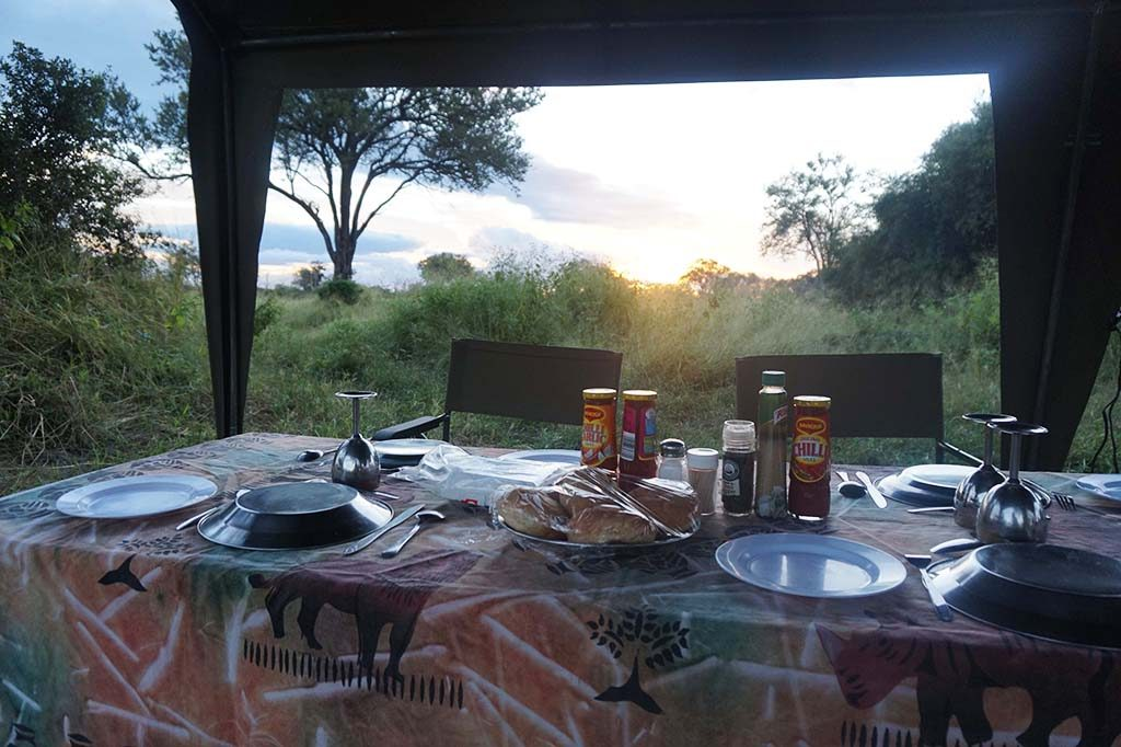 Three course dinner in the bush