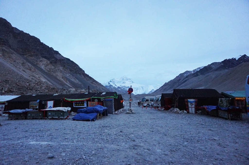 tent camp to sleep before getting to mount everest base camp tibet side