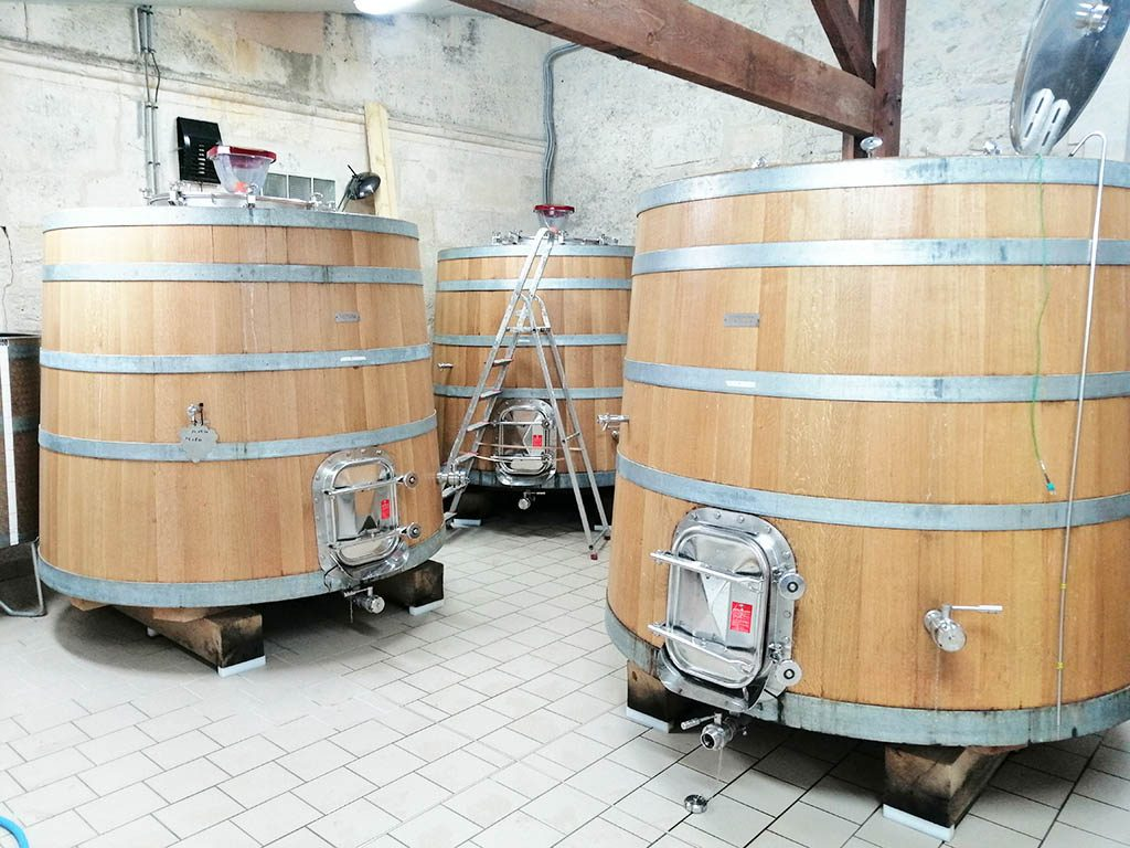 Wooden tanks Chateau Gaby